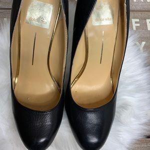 Dolce Vita Shoes - Dolce Vita size 7.5 black round toe pumps black